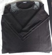 schwarzer Boucle Pullover