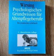 Grundwissen für Altenpflegeberufe Fachbuch