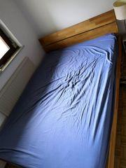 Holzbett inkl Lattenrost 140 cm