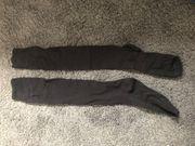 Kniehohe getragene Socken