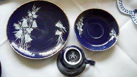Glas, Porzellan antiquarisch - seltene Sammeltasse Kobaltblau RAR