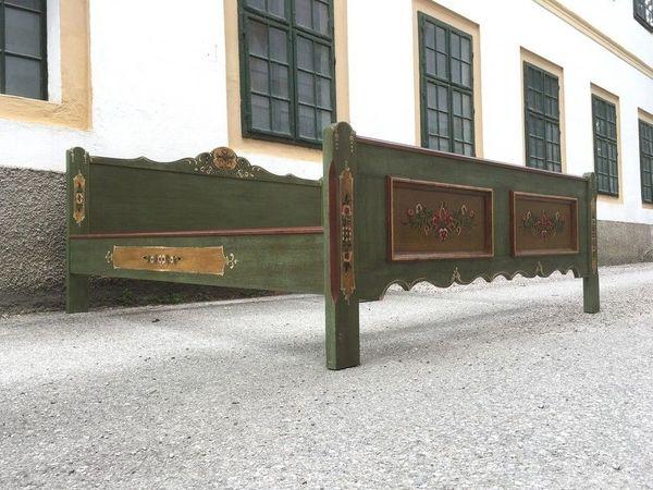 Voglauer Bett grün Landhaus Möbel