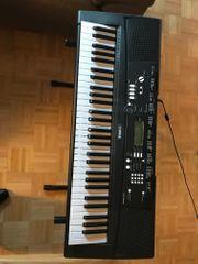 Yamaha EZ-220 Leuchttasten-Keyboard - Set inkl