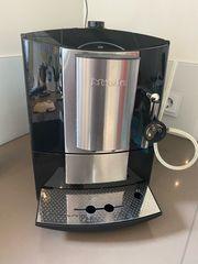 Miele Kaffeevollautomat CM 5100 schwarz