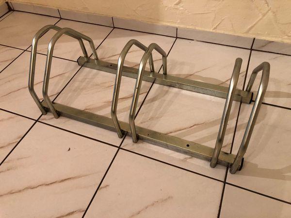 3-fach Fahrradständer ca 72x31cm zum