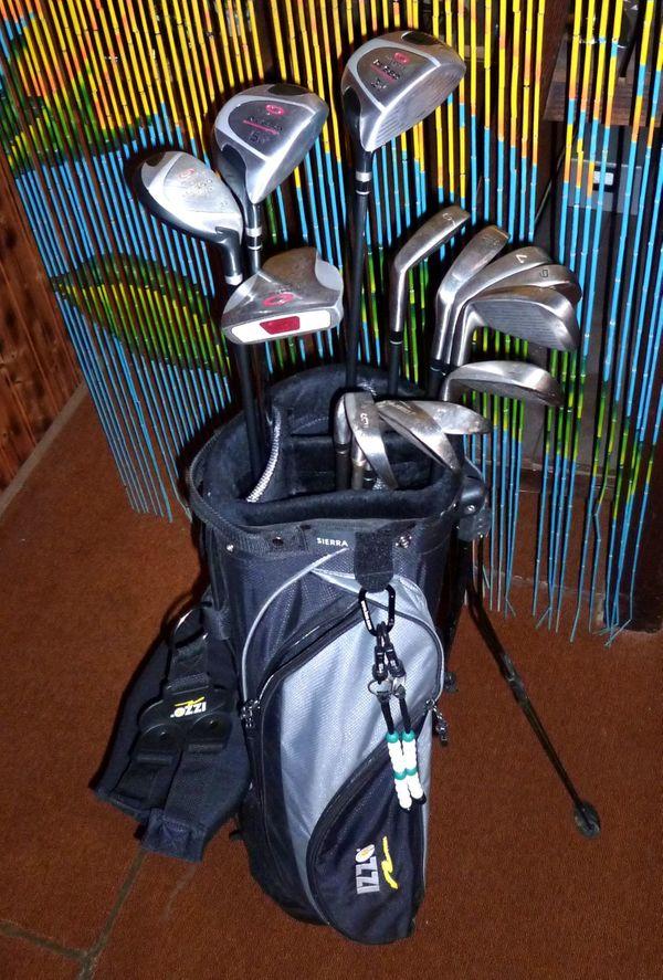 Golfausrüstung Golfschläger Bag Bälle neuwertig