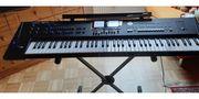 Roland BK 9 Arranger Keyboard