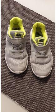 Kinder Nike gr 27