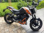 Motorrad KTM DUKE 125