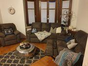 Hochwertige deiteilige Couch in braun