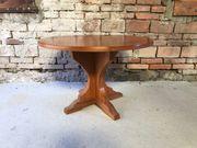 Tisch rund Nussbaum