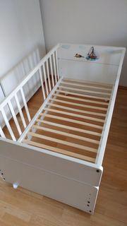 Baby Bett mit Matratze