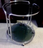 Runde Glas Beistelltisch mit Rollen