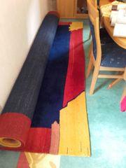 Fast neuer Teppich 3m auf