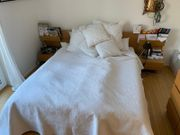Komplettes IKEA Schlafzimmer Schränke Bett