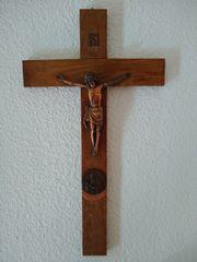 Holzkreuz mit Kruzifix 1950