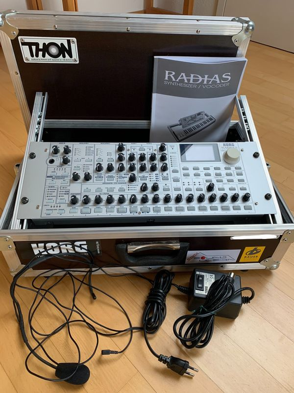 KORG RADIAS Synthesizer mit Case