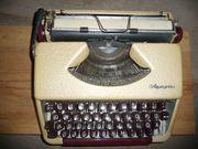 mechanische Schreibmaschine Olympia alte Schreibmaschine