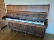 Klavier Marke Sangler
