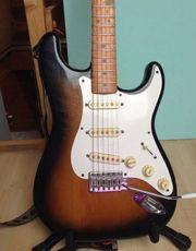 1983 Fender Stratocaster 1957 Reissue