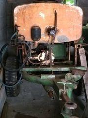 Traktoranhänger mit Wasserfass u Druckpumpe
