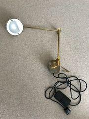 Lese-Wandlampe
