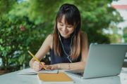 Student innen für interessanten Nachhilfe-Job