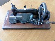 Handkurbel Nähmaschine Antik