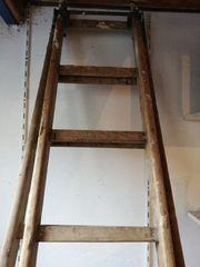 Holzleiter massiv alte Ausführung