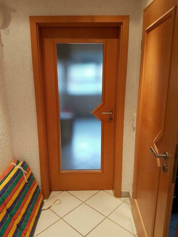 Holztüren Buche teilweise mit Glasausschnitt
