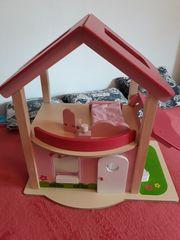 Holzpuppenhaus zu verkaufen