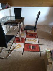 Esstisch und 3 Stühle