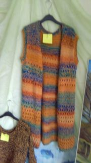 Longweste orange bunt handgestrickt