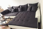Nagelneue Couch