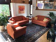 Große fast neuwertige Couch Sofa