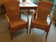 2 Stühle aus Rattan mit