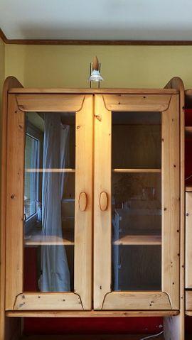 Zeitlose wohngesunde Schrankwand Wohnwand aus: Kleinanzeigen aus Hirschau - Rubrik Wohnzimmerschränke, Anbauwände