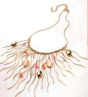 Zierliches Collier in Gold- Perlmutt-