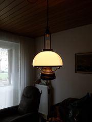 Messinglampe in maritimen Stil