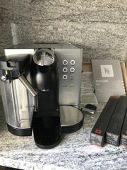 DeLonghi Kaffeeautomat mit Kapseln