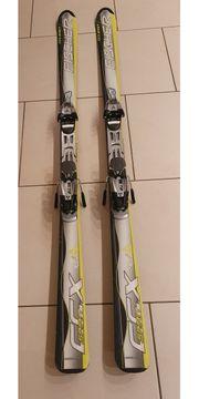 Carving Ski und Stiefel zu