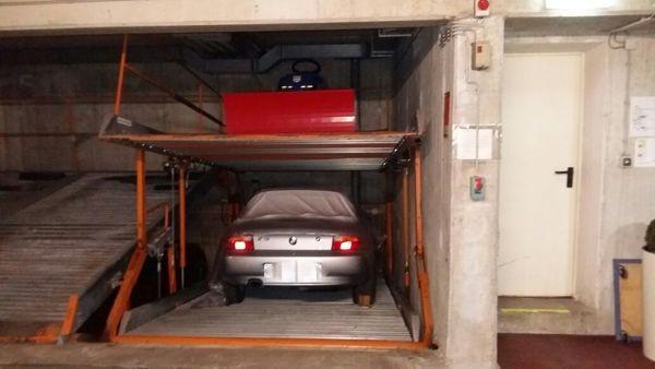 Tiefgarage Garage Duplex Stellplatz in