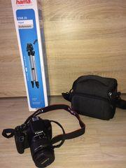 Spiegelreflexkamera Canon EOS 1300D mit
