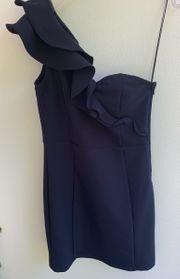 Blaues one shoulder Kleid