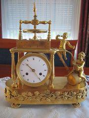 Empire Pendule Feuervergoldete Bronze