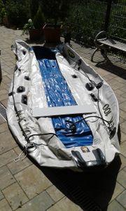 Zodiak Schlauchboot mit Motor