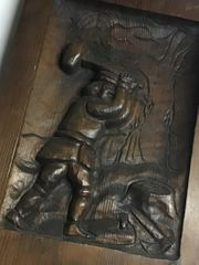 Reliefbild aus Holz