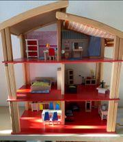Jako-o Holz-Puppenhaus 3-stöckig