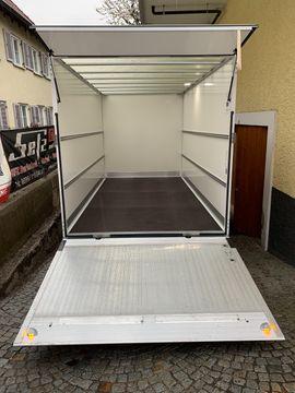 Nutzfahrzeuge Vermietung, gewerblich - Vermiete Umzugstransporter Automatik nur EUR 129