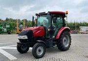 Case IH Farmall 65A - Traktor